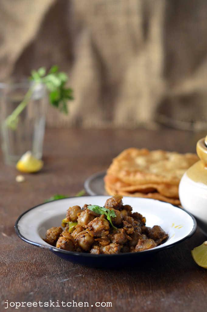 Pindi Chole - Rawalpindi Chickpeas Masala