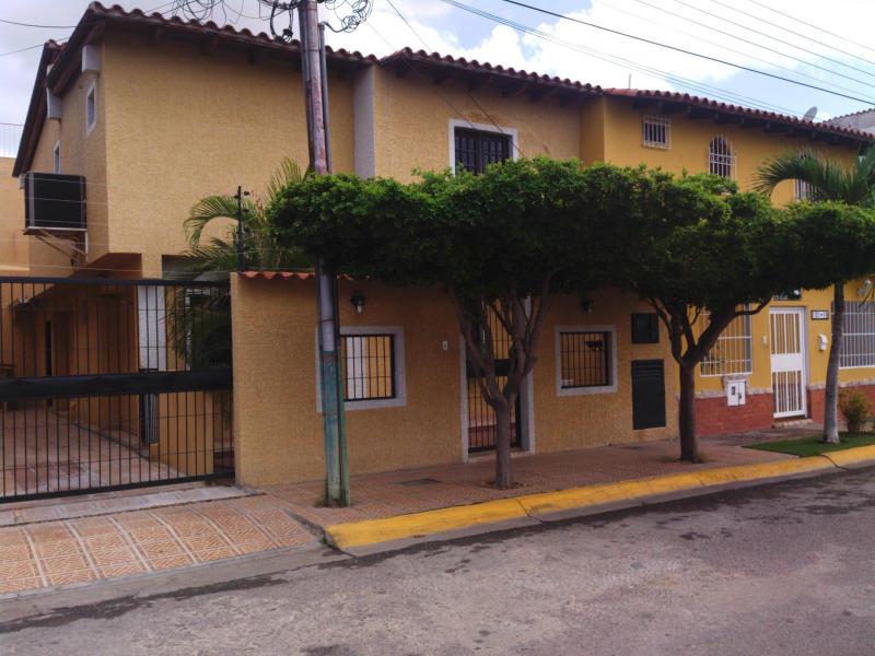 Casa en venta en barcelona el ingenio c digo flex 14 - Casas en ingenio ...