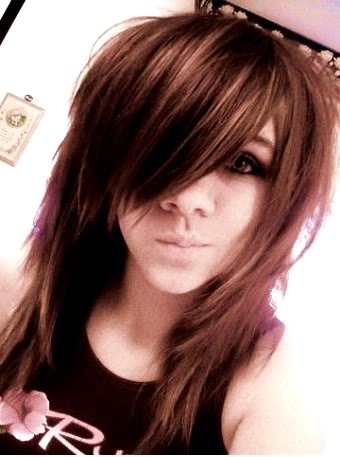 emo haircuts for girls with curly hair. emo hairstyles for girls with