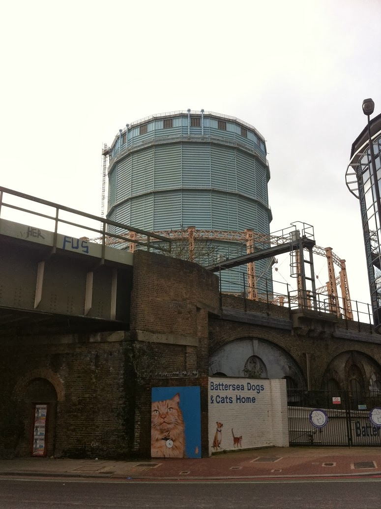 Gasometer and gas tower, Battersea, London