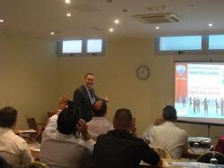 El docente Jordi B. Mallafré se estrena en Las Palmas con un excelente curso