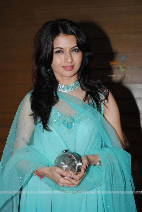 Indian star namitha kapoor sex type - 1 part 8