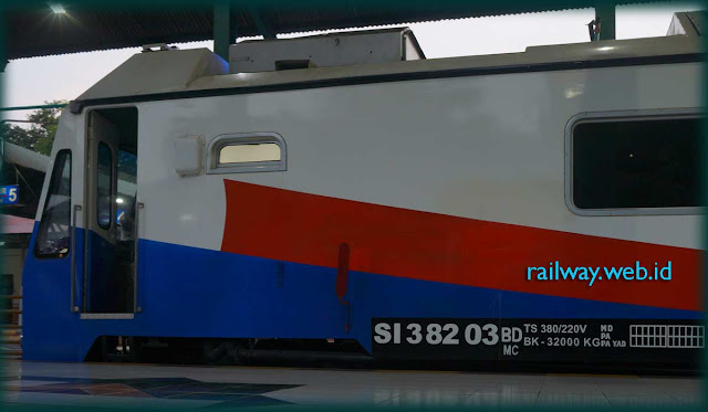 Rail One Stand By Surabaya Gubeng