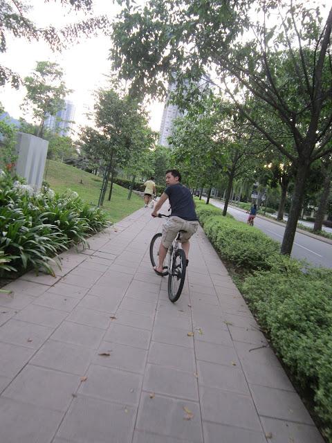 Leon on bike