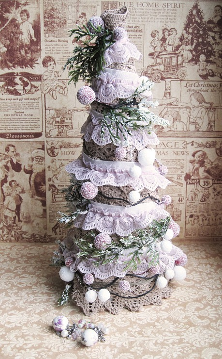 christmas craft ideas:  making a christmas tree