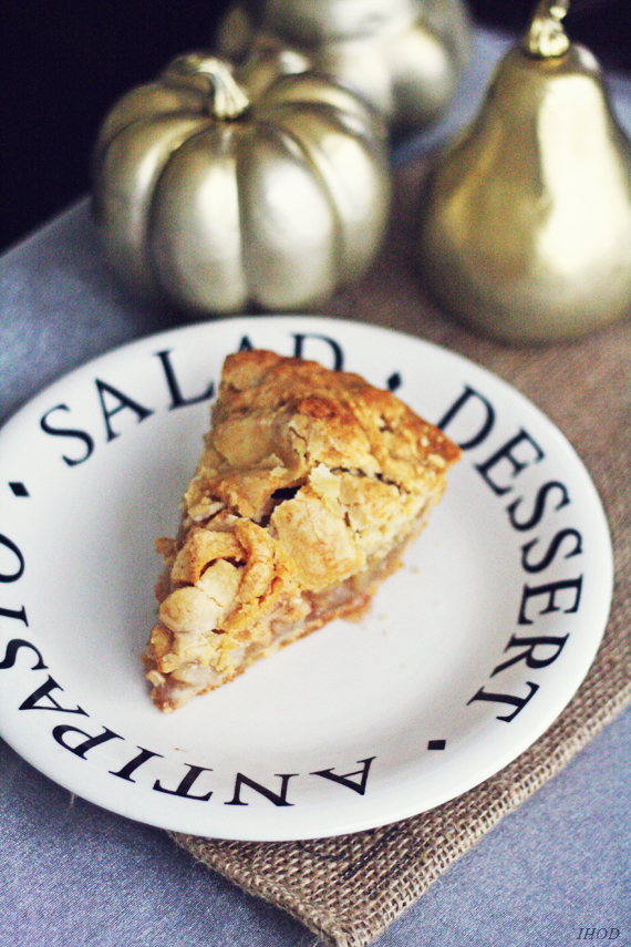 In Honor Of Design: Welcome October : Brown Bag Apple Pie Recipe