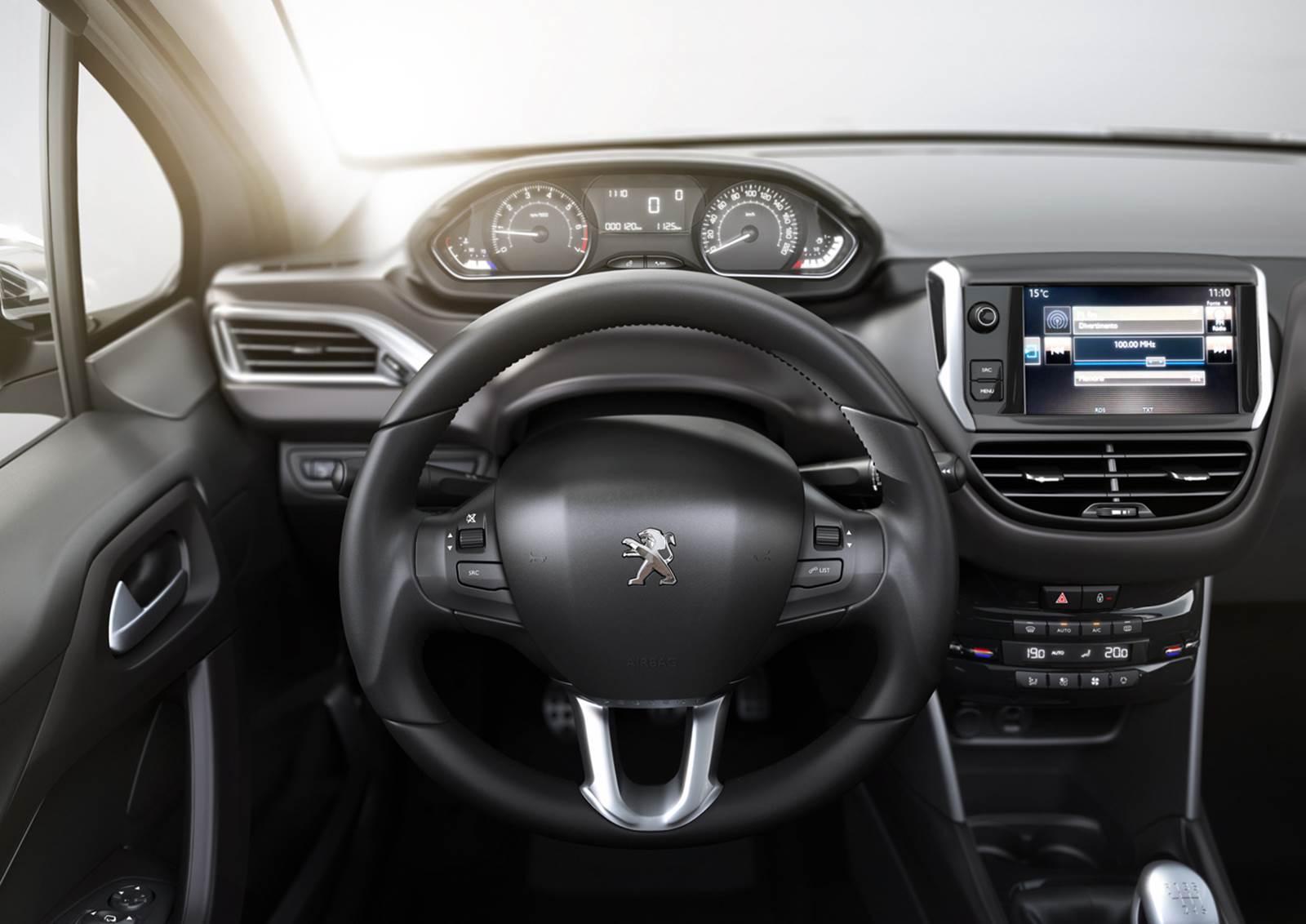 Novo Peugeot 2008 - interior - painel
