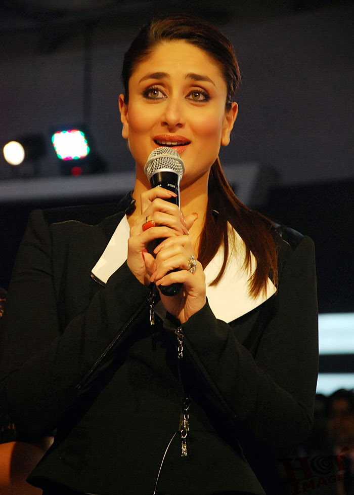 images of Kareena Kapoor at 2014 Indian Auto Expo