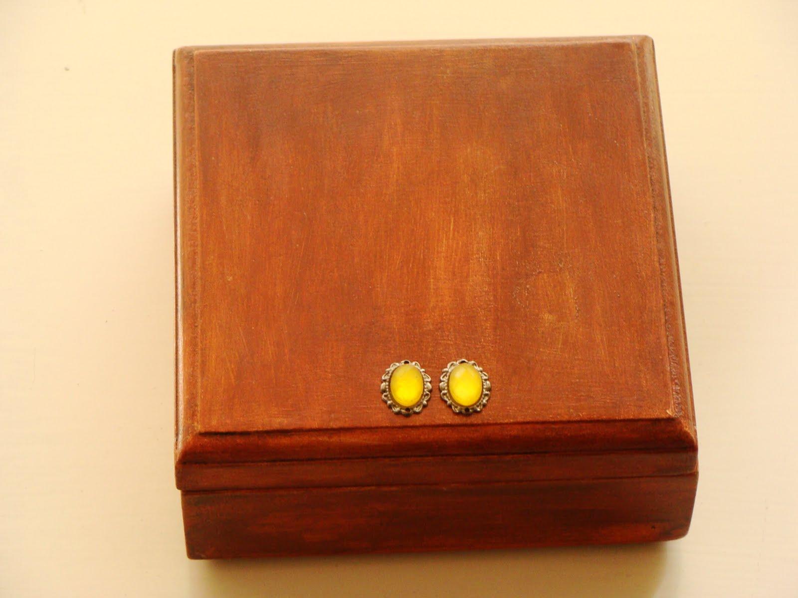 Lunaluz bazar lamparas de papel ikea cajas con diversos - Caja madera ikea ...