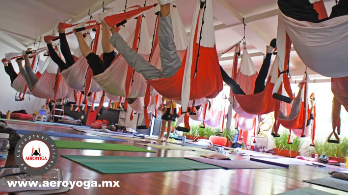 yoga aereo terapeutico, ANTI, STRESS, GRAVITY, FREE