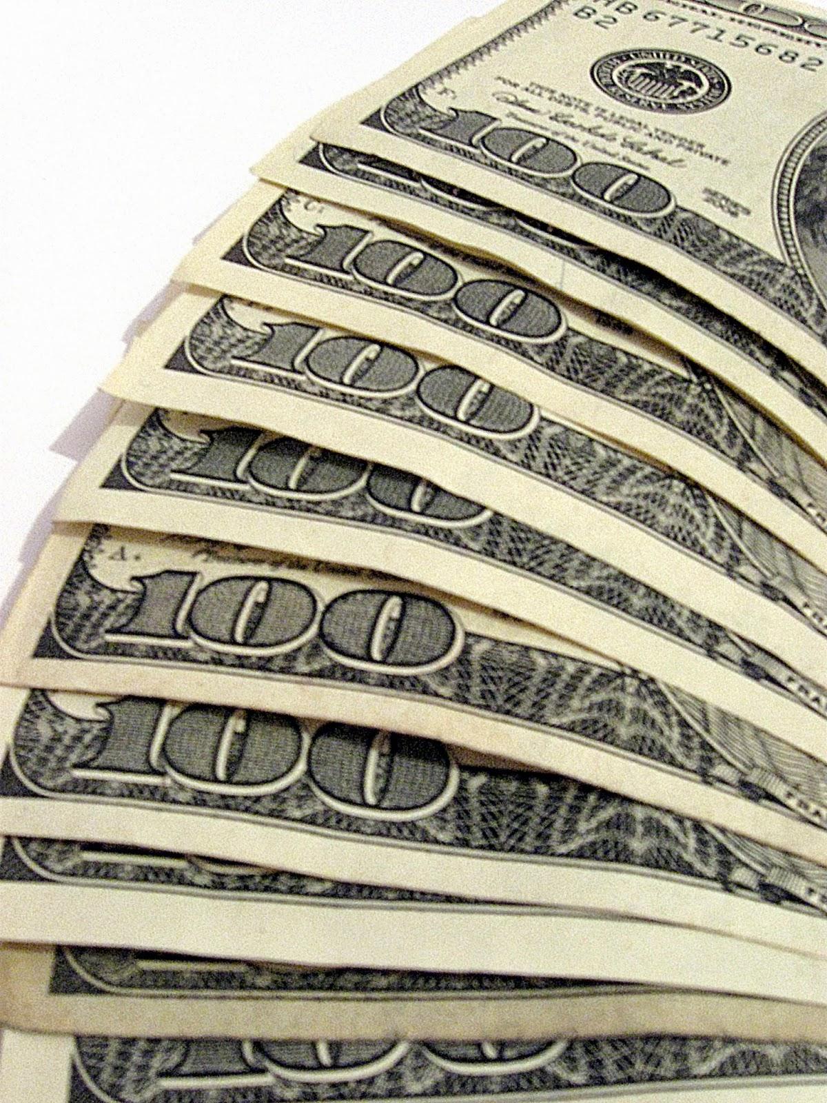 Money, hundred dollar bills