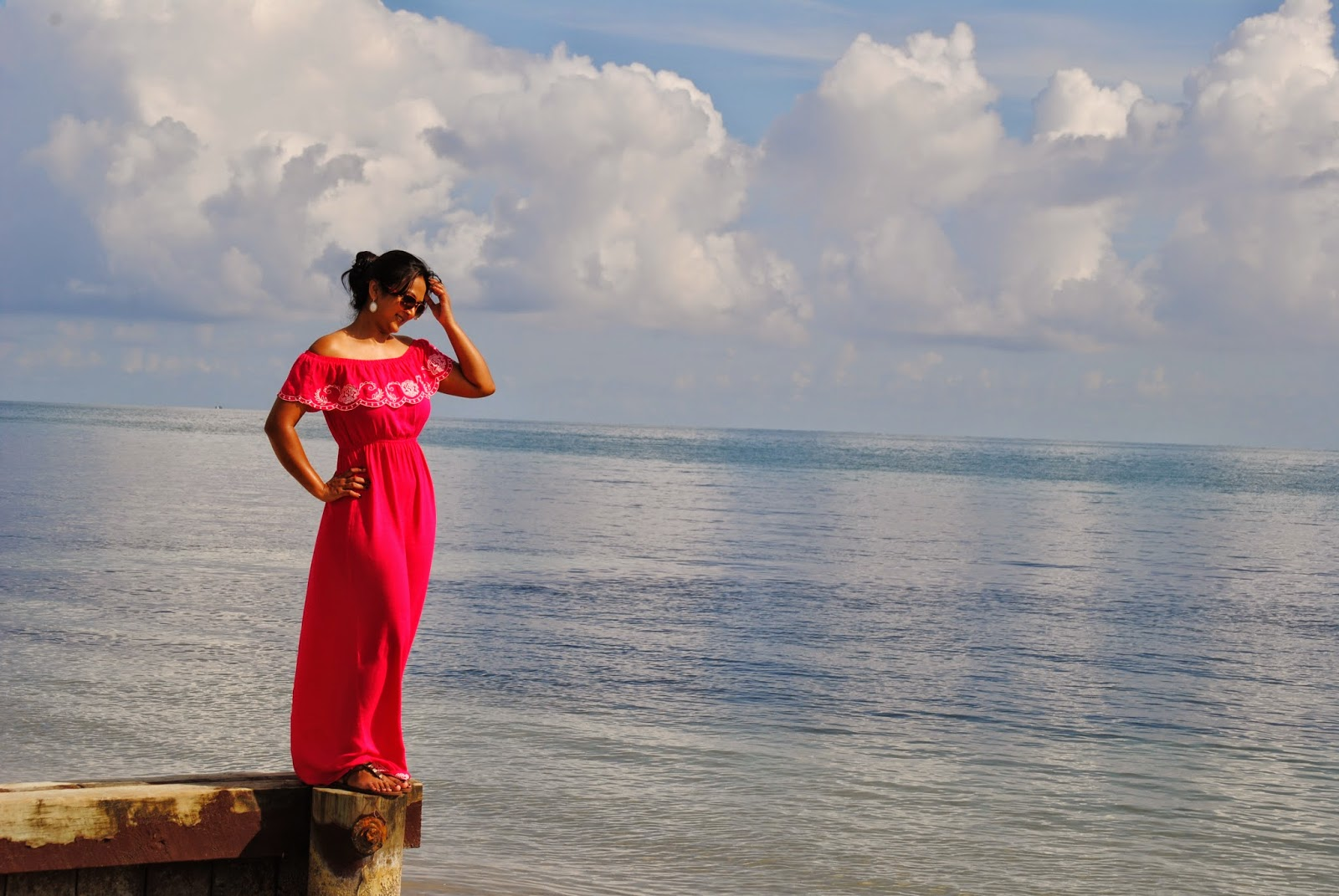 Hot pink Maxi Dress, off shoulder long dress, Long beach wear dresses, plus size maxi dress, Seattle Indian fashion blogger, Bill Baggs Cape Miami