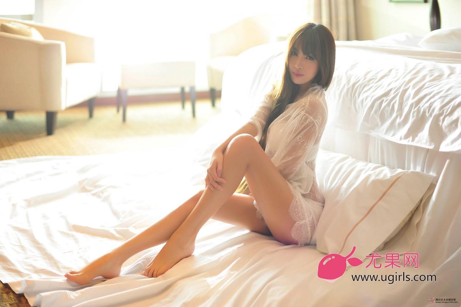 DLS 4553 - Hot Girl Model UGIRLS NO.13