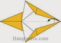 Bước 6: Gấp góc tờ giấy vào trong.