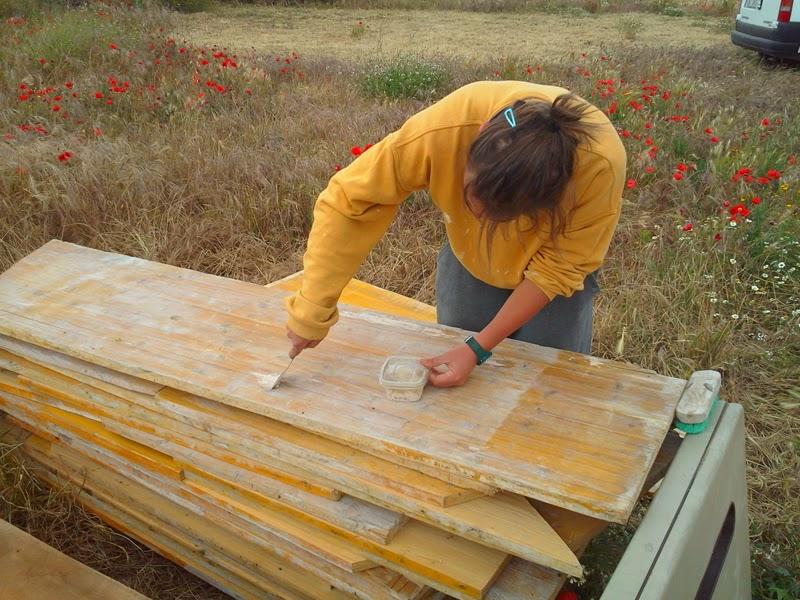 P jaros en la cabeza suelo de madera reutilizada - Masilla para madera casera ...