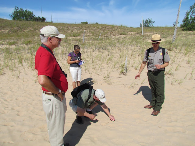 Park Ranger lesson at Sleeping Bear Dunes (photo by J. Schechter)