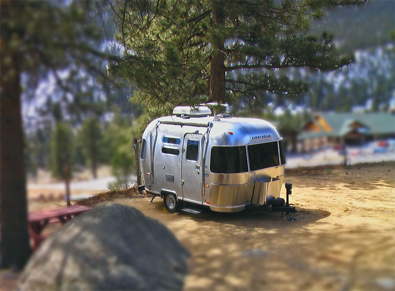airstream camping shrinking the airstream. Black Bedroom Furniture Sets. Home Design Ideas