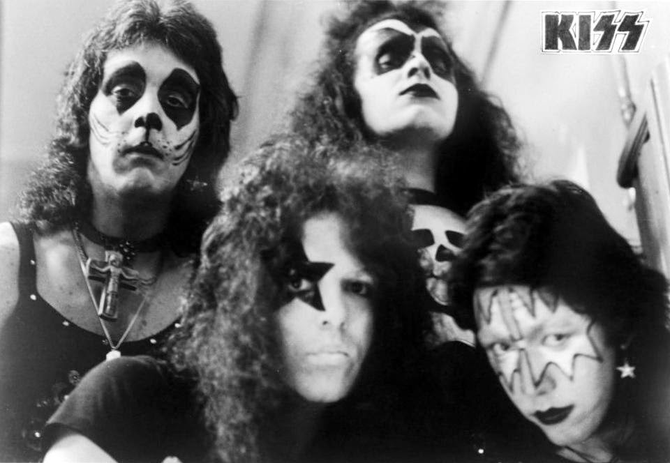 First promo in KISS' makeup in 1973