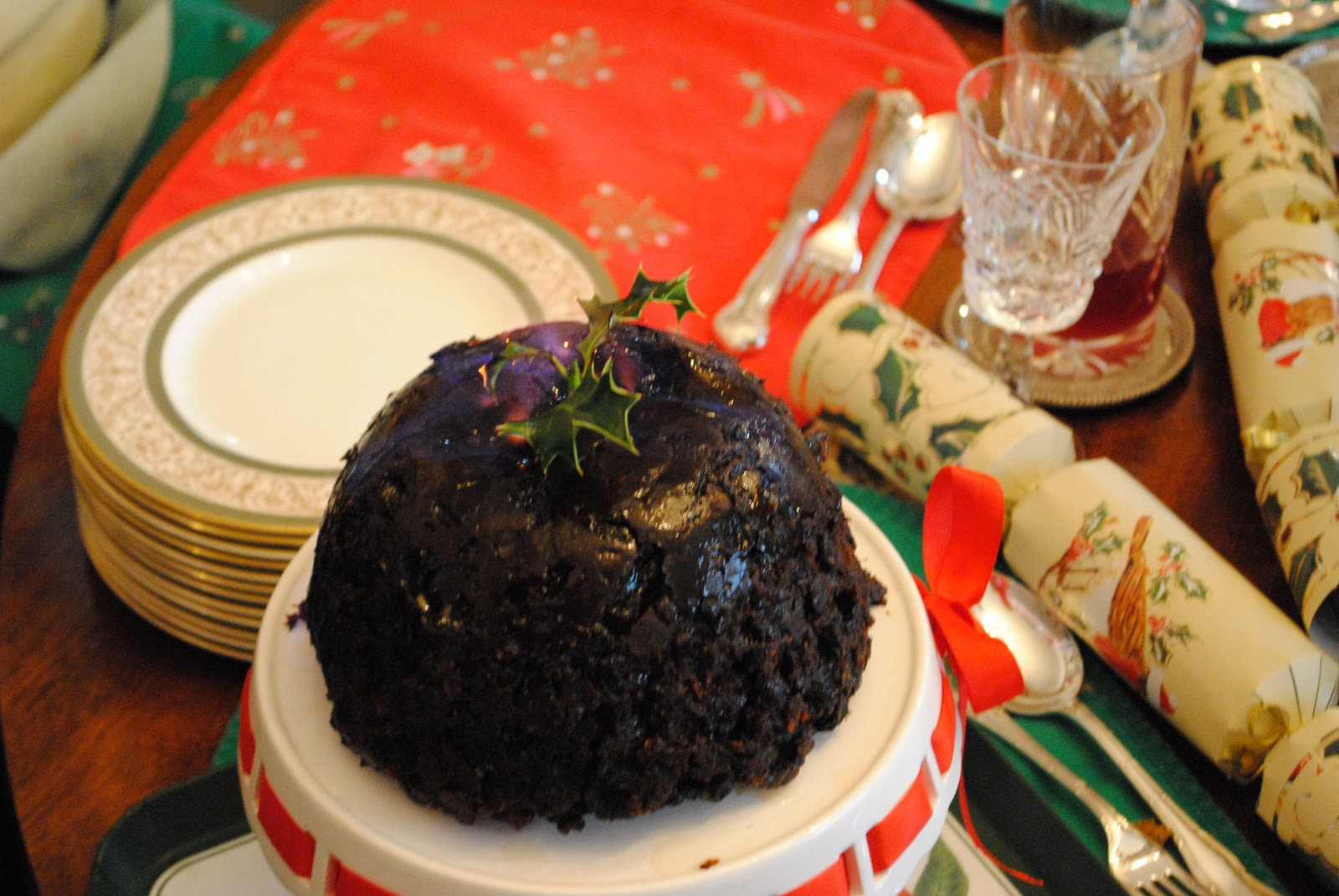 Old fashioned christmas plum pudding 52
