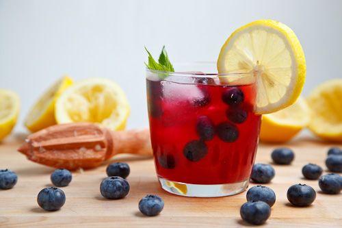 Blueberry Lemonade on Closet Cooking
