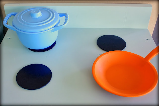 Play kitchen stove burners