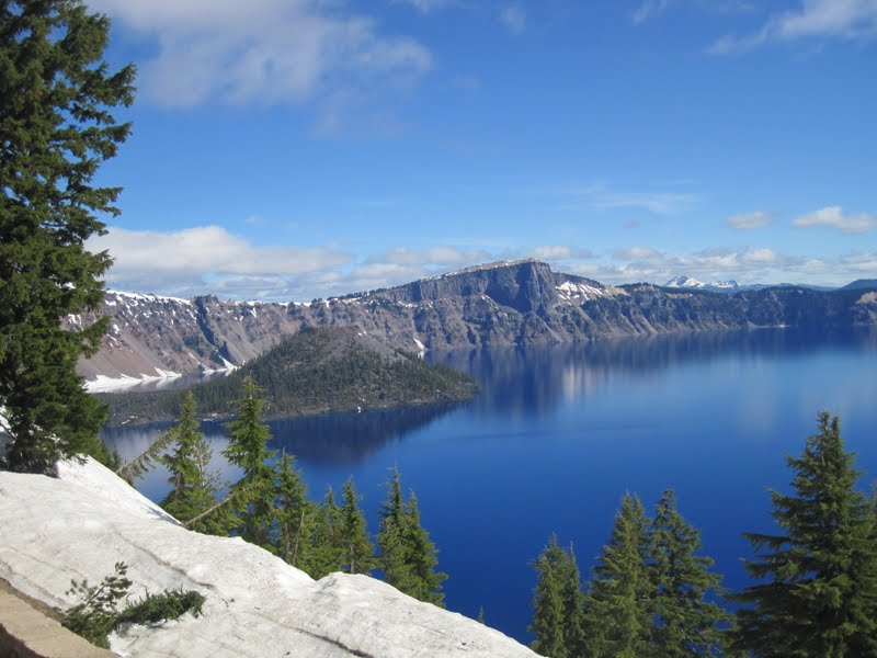 how to get to crater lake from portland