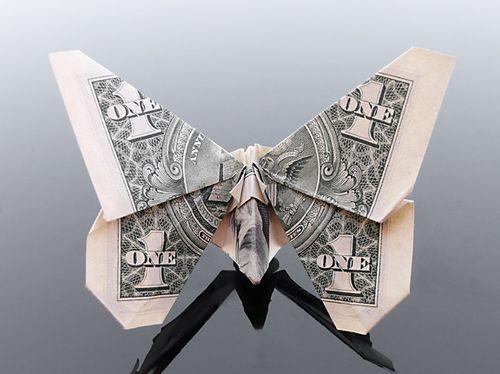 http://4.bp.blogspot.com/-ASsH8NJpK-8/Th5pWlCR8UI/AAAAAAABG1k/pBgVMxtWjvg/s1600/dollar_origami_art_08.jpg