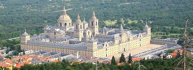 El Escorial Monasterio en España en honor a San Lorenzo