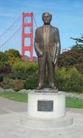 Statue of Joseph Strauss