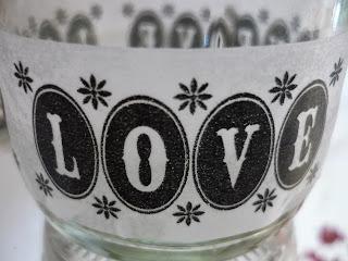 Maskingtape Love