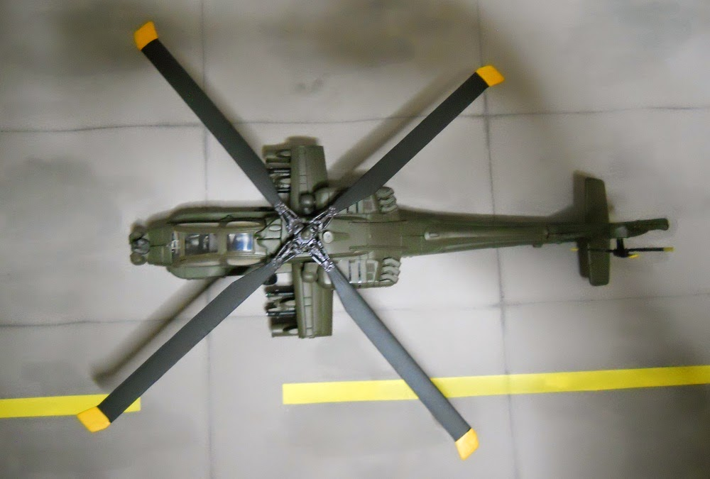 ah-64-apache 1/55 scale model