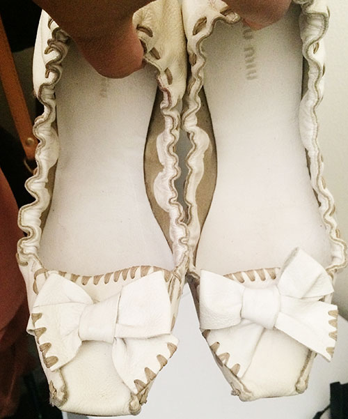 white mui mui shoes