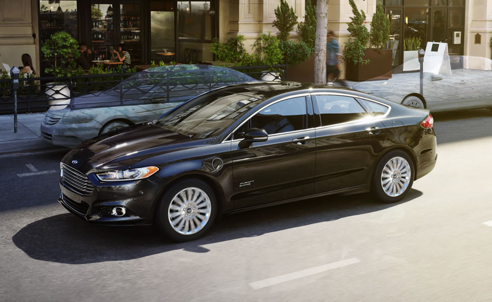 2013 Ford Fusion Energi's Top Safety Ratings