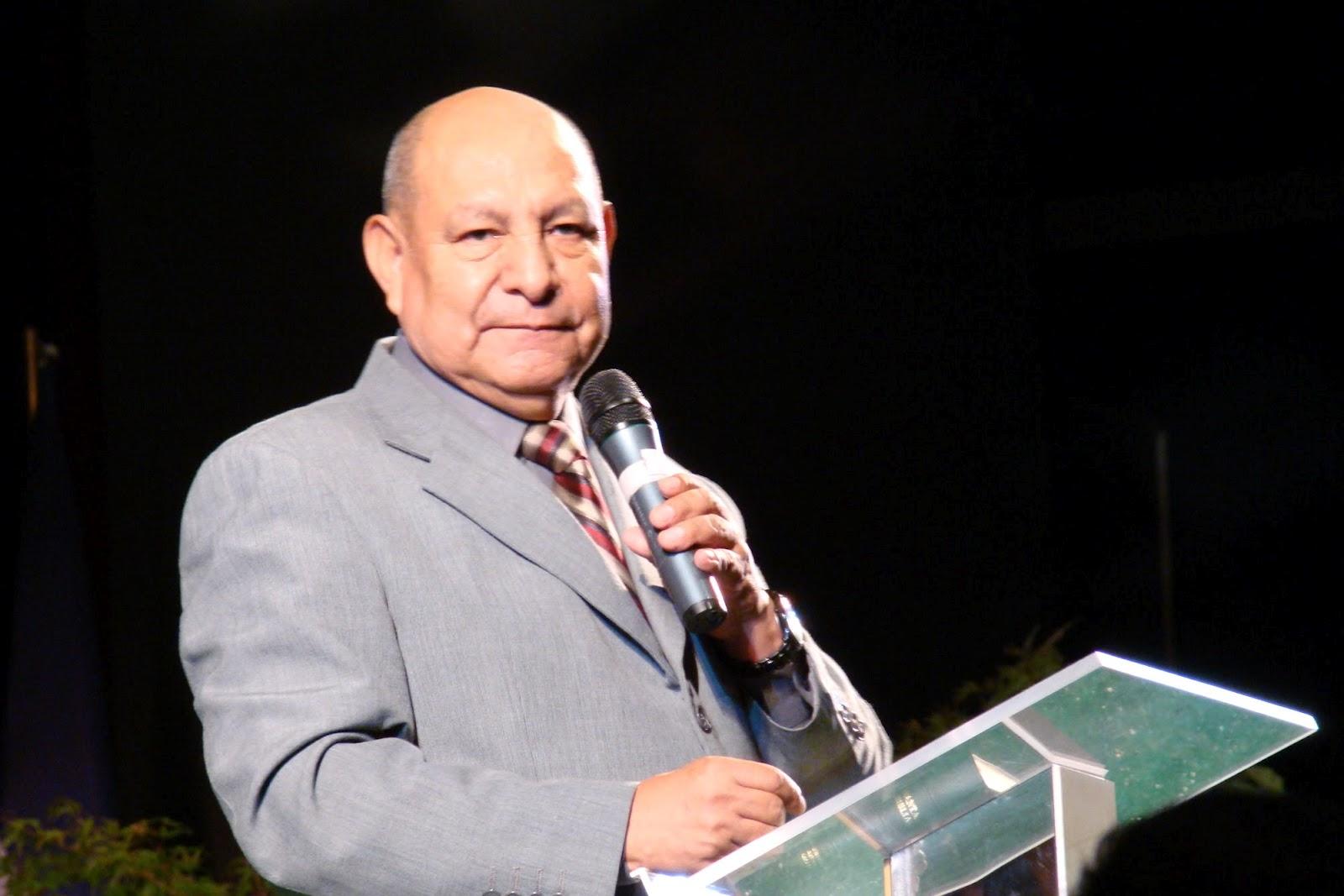 Pastor Alejandro Bullon Escuela Sabatica Creer Pastor