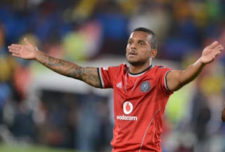 كيرميت ايراسموس لاعب نادى أورلاندو الجنوب أفريقى