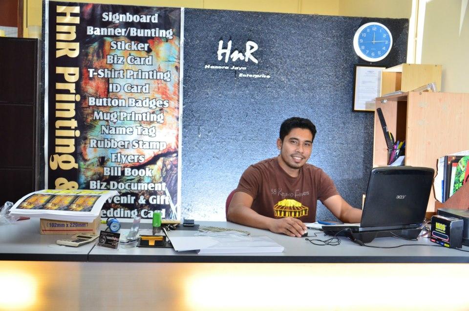 HnR Printing & Design
