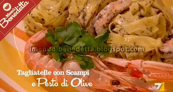 Tagliatelle con Scampi e Pesto di Olive di Benedetta Parodi