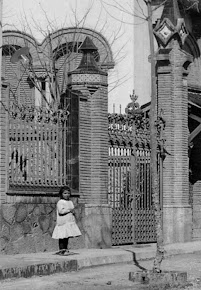 DAVANT DE CASA VILA (ANYS 1910-20)