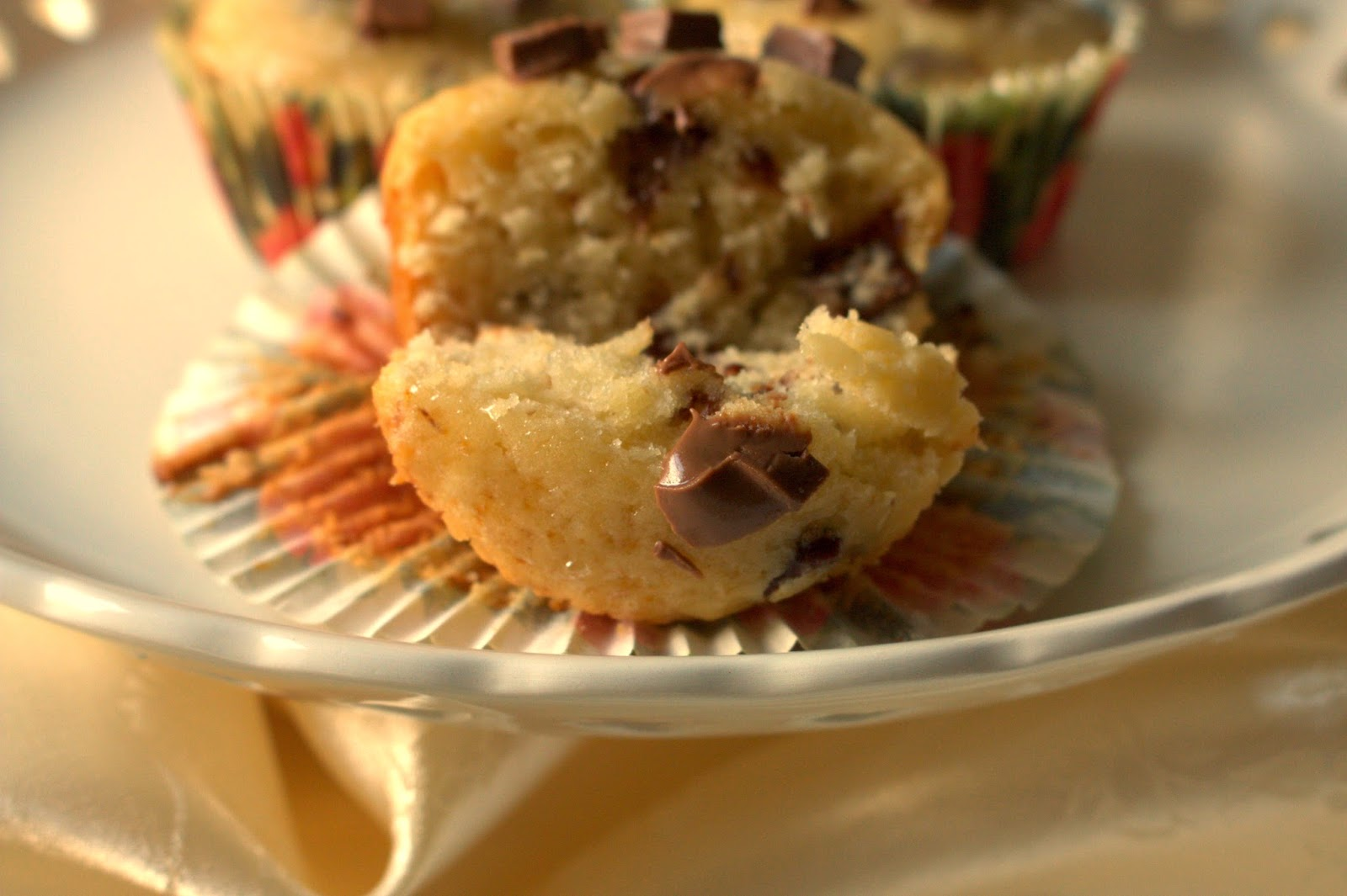 Honey and Chocolate Chip Cupcakes