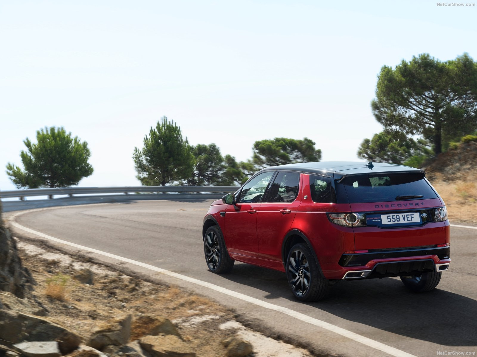 Hình ảnh xe ô tô Land Rover Discovery Sport Dynamic 2016 & nội ngoại thất