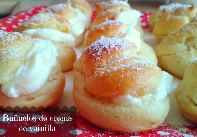 Buñuelos rellenos de crema de vainilla