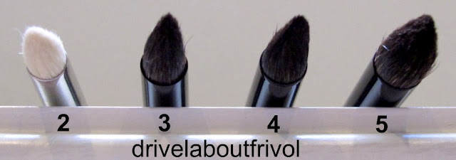 brush comparison  MAC 219, Chikuhodo Z-10, Suqqu Eyeshadow S, M