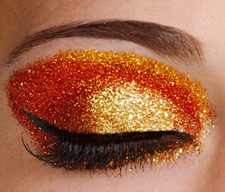 25 Glitter Makeup Ideas That May Inspire Your New Year's EveLook