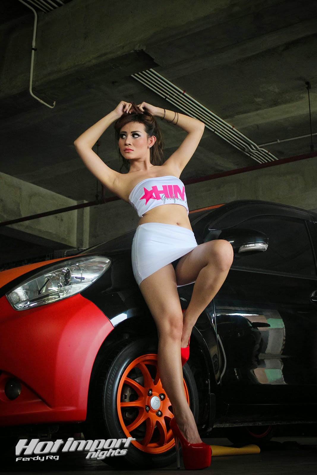 Hot girl legging with penis