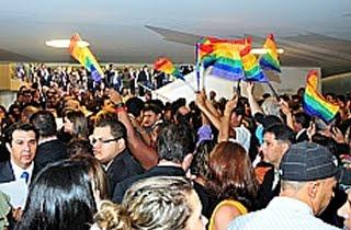 Homicídio de LGBTs, por exemplo, seria considerado qualificado e por 'motivo torpe' (Foto: Saulo Cruz)