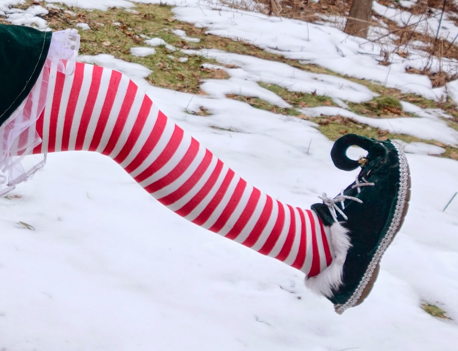 how to make elf shoes