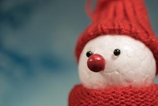foto pupazzo di neve in polistirolo per natale