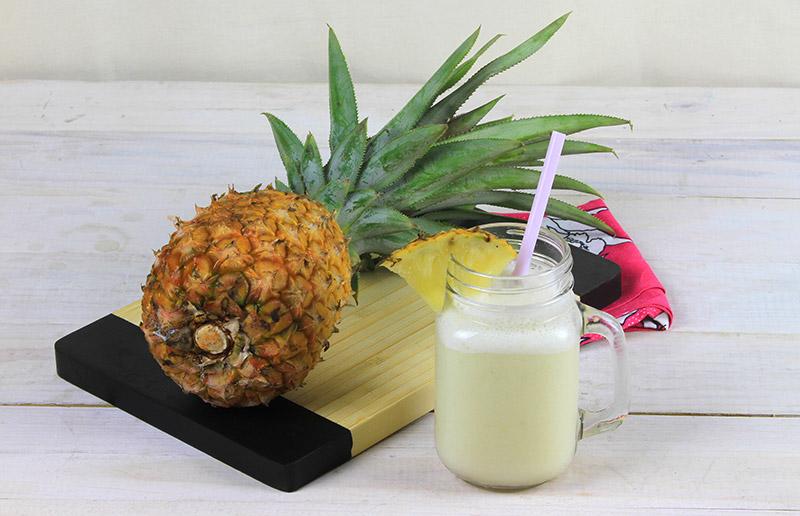 Um drink pra te refrescar: pina colada!