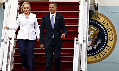 Hillary Clinton and Barack Obama step off Air Force One