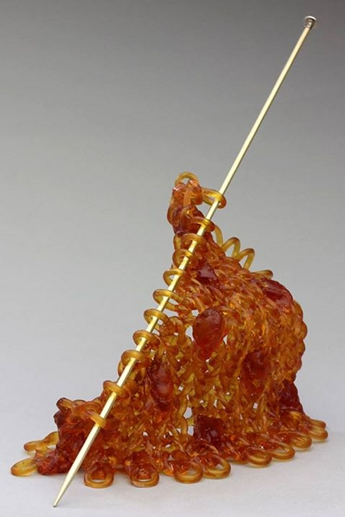 19-Carol-Milne-Glass-Knitted-Sculptures-www-designstack-co
